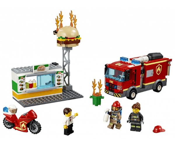 LEGO City Burgerikohviku tulekahju kustutamine