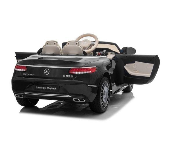 Lasteauto akuga Mercedes Maybach 2x45W must, puldiga