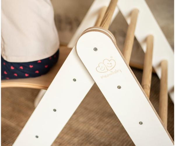 Montessori Pikleri kolmnurk - ronila väikelapsele, valge