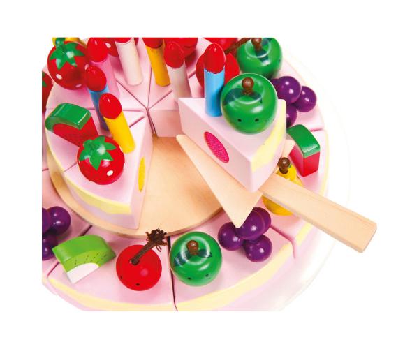 Puidust sünnipäevatort puuviljade ja küünaldega (2)